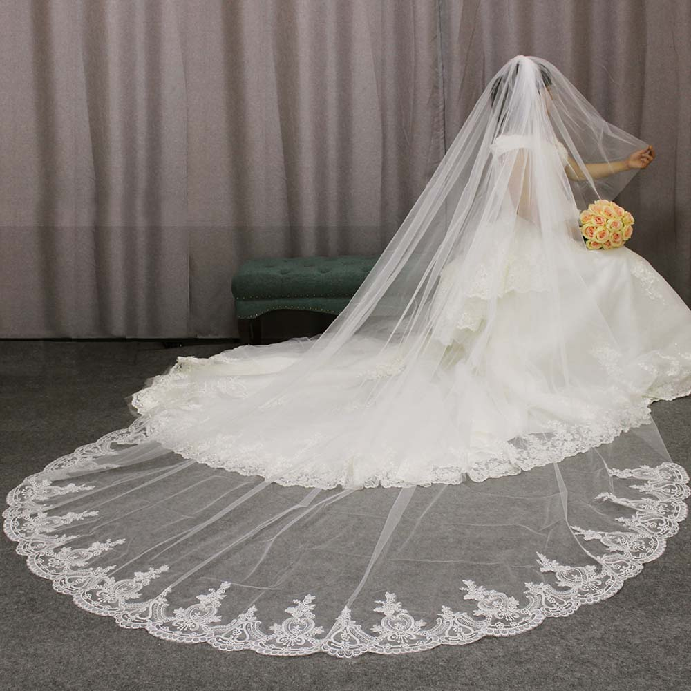 High Quality Lace Appliques Long 2 T Wedding Veil Cover Face 3 Meters Cathedral Bridal Veil with Comb Blusher Voile Mariage