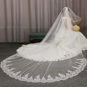 Image 1 - Hoge Kwaliteit Kant Applicaties Lange 2 T Wedding Veil Cover Gezicht 3 Meter Kathedraal Bridal Veil Met Kam Blusher Voile mariage