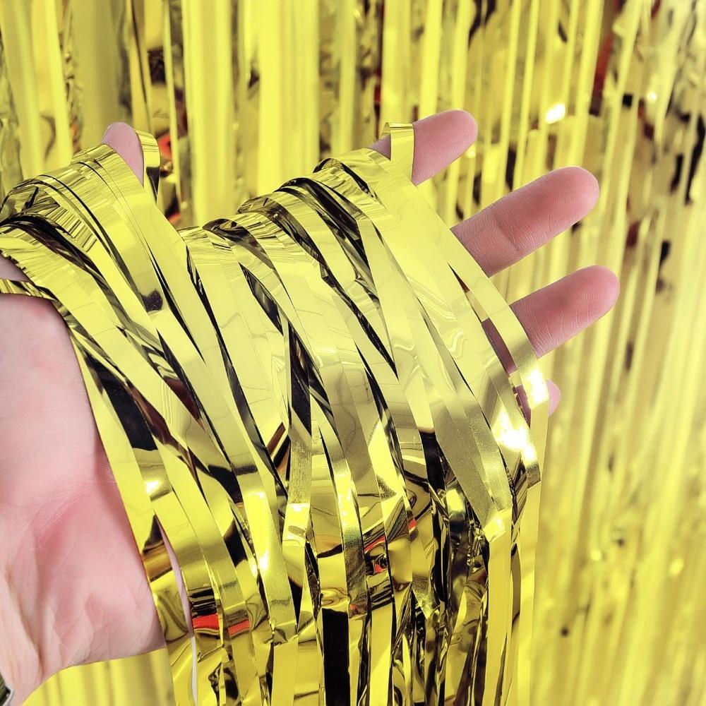 FANLUS 3.2 ft x 9.8 ft Μεταλλική ταινία Tinsel - Προϊόντα για τις διακοπές και τα κόμματα - Φωτογραφία 2