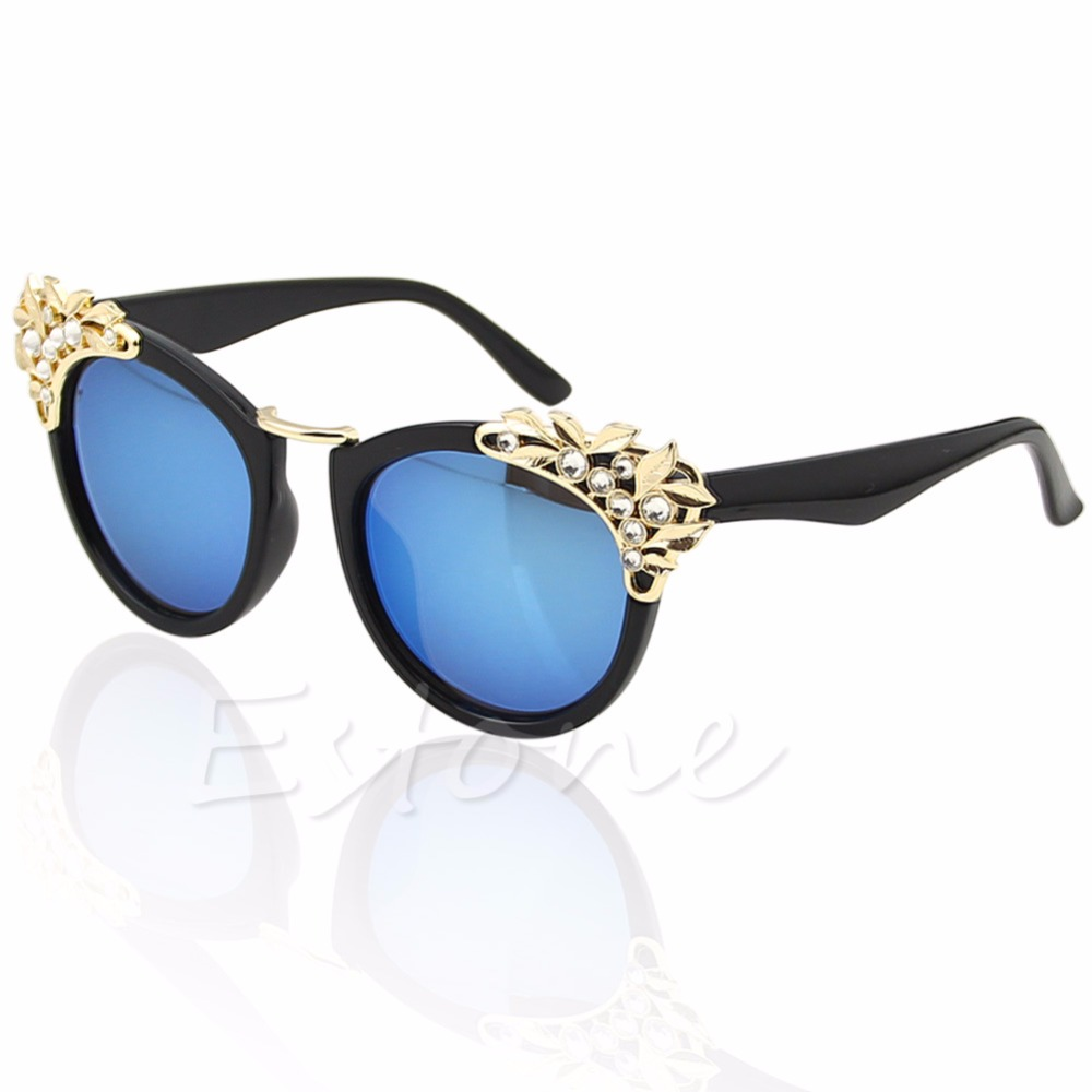 2017 Classic Women Sunglasses Jewelry Flower Rhinestone Decoration Sun glasses Vintage Shades Eyewear Gafas