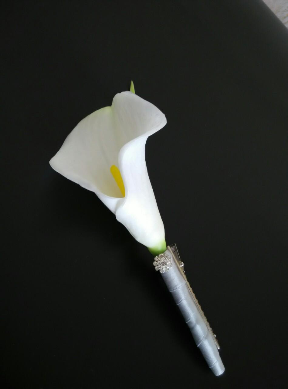 Aliexpress buy groom boutonnieres white calla lily tied aliexpress buy groom boutonnieres white calla lily tied with silver ribbon crystal mens lapel flowers from reliable white calla lily suppliers on dhlflorist Choice Image