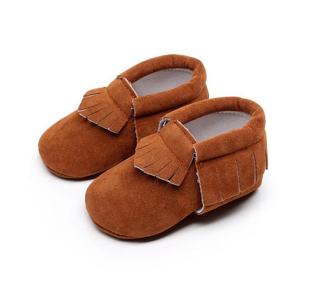 2017 Nubuck Moda Recién Nacido Niño/Niña Bebé Infantil Bebé FirstWalker Zapato Mocasín de Zapatos de Cuero Suave de Alta Calidad Al Aire Libre 10-14 CM