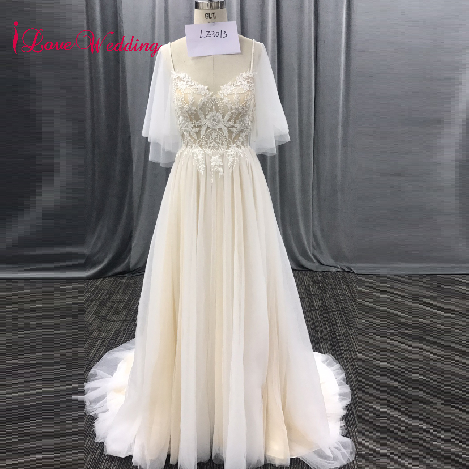 iLoveWedding Hot New V neck Puff Sleeve Lace Applique A Line Tulle Cheap Beach Bridal Wedding