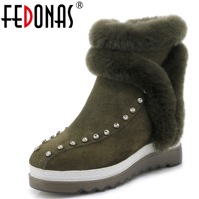 FEDONAS Fashion Fur Women Winter Snow Boots Wedges Heeled Warm Ankle Boots Sexy Round Toe Rivets Martin Shoes Woman Short Pumps fedonas retro ruffels women shoes woman wedges high heeled warm autumn winter motorcycle boots fashion new round toe martin shoe