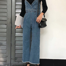 Джинсы на тонких лямках новые весенние корейские женские свободные комбинезон на бретелях широкие брюки комбинезоны