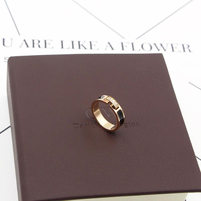 Hot Sale Classic Luxury Jewelry Black Side 4 Zircon Elegant Love Ring Titanium Steel Rose Gold Color Brand Ring For Women 4
