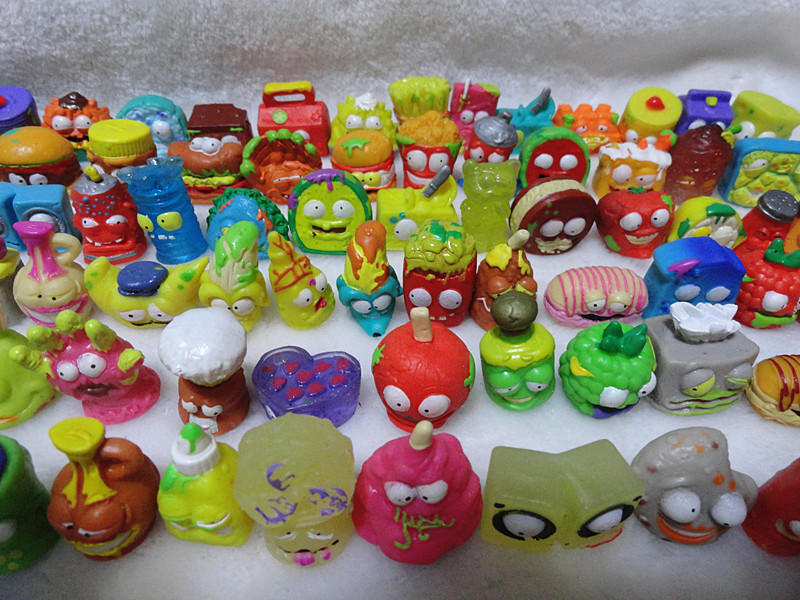 HOTSALE O for U The Grossery Gang Mini Action Toy Figures Kids Playing Model Dolls Christmas Gift Free Shipping 50Pcs/lot 48pcs cupule kids cartoon animal action figures stikeez toys sucker kids mini suction cup collector capsule model for kids gift