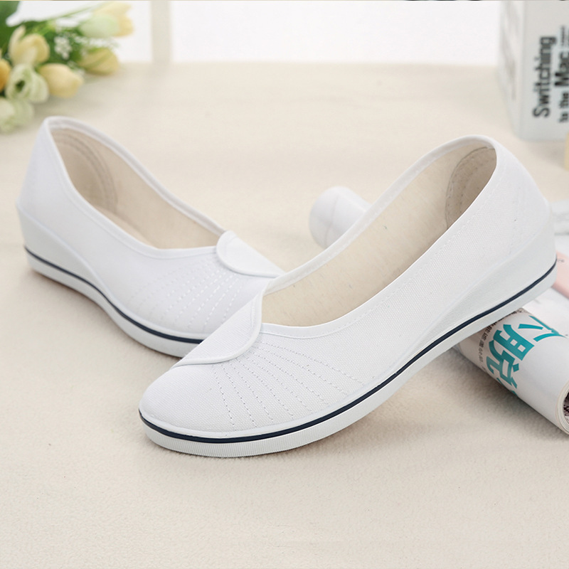 Pointed Toe Women Flats Canvas Slip On Shoes For Women Ballet Flats Female Loafers Moccasins White Black Ladies Nurse Shoes ladies loafers shoes gold silver plus size feminino 14 15 pointed toe ballet flats slip ons women summer fashion for driving