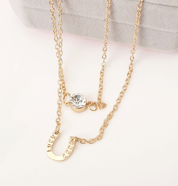 Hot estilo simples letra U flash de cristal colar de ferradura de cristal multi-camada dupla colar clavícula cadeia de atacado