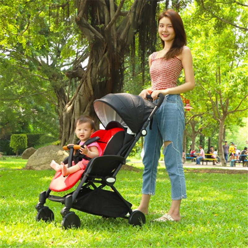 Luxury Foldable Baby Stroller KidsTravel ultra-lightweight folding can sit can lie Baby Carriage Kinderwagen baby trolley Luxury Foldable Baby Stroller KidsTravel ultra-lightweight folding can sit can lie Baby Carriage Kinderwagen baby trolley