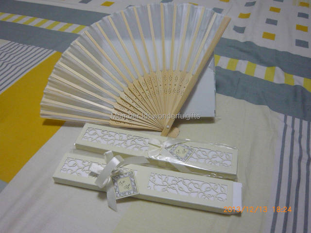 c8fecea5f289 Free Shipping party favor gift giveaways for bridesmaid Asian Wedding  Favors Lady Silk Fan 100pieces