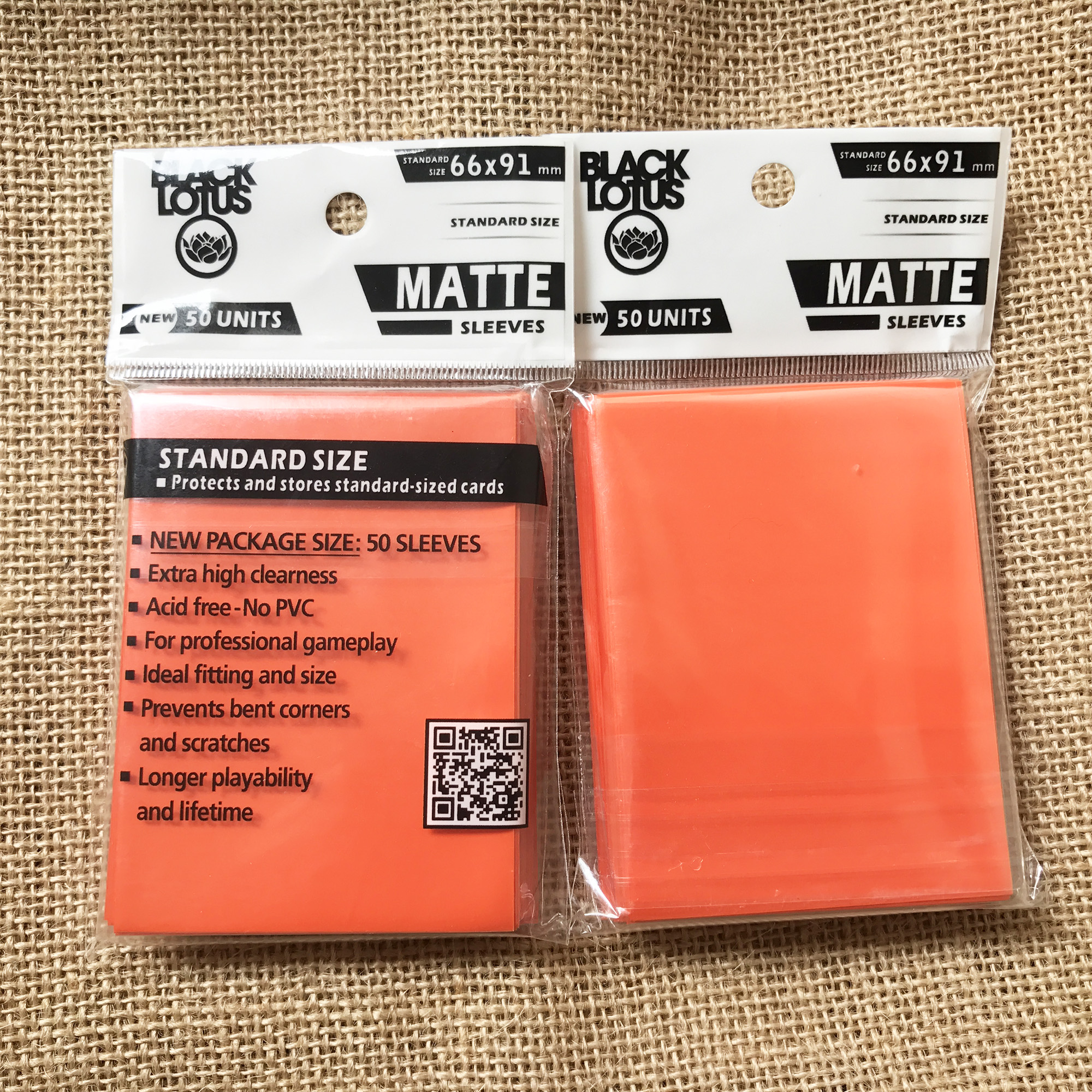 2 Bags/Lot 66*91mm Bright Orange Sleeves Matt Card Sleeves Cards Protector For TCG Board Game Shields Sleeves Hot