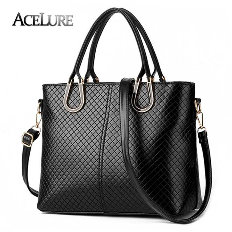 Direct selling handbags 2017 High quality women big smooth shoulder bag Charm Luxury female tote Inclined shoulder bag for women