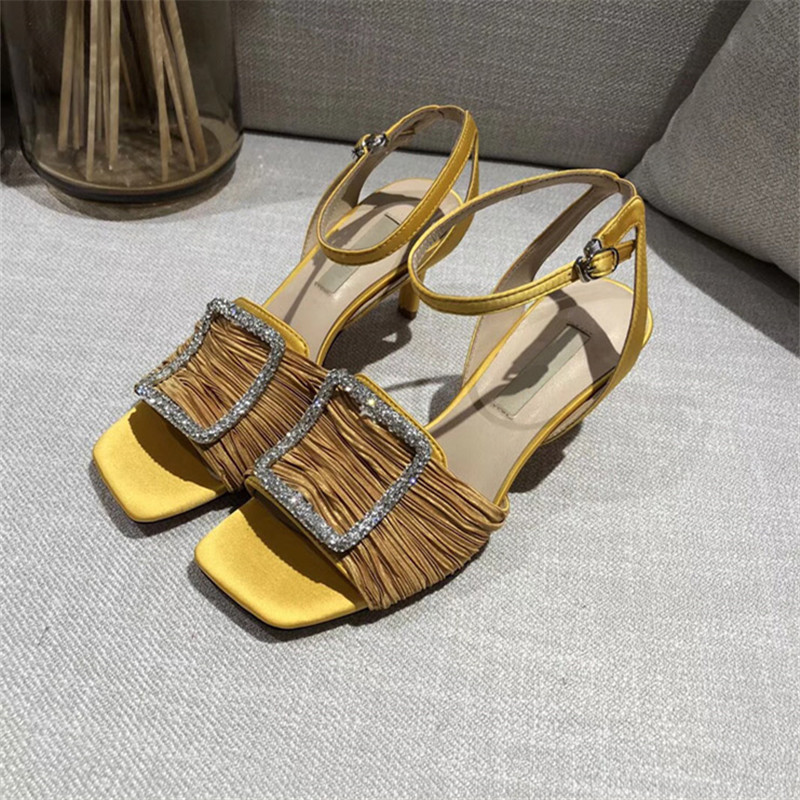 2018 New Summer Square Toe Shoes Women Black Crystal Pleated Design Women  Sandals Buckle Strap Thin Heel Female Sandals Mujer ... c659b6269350