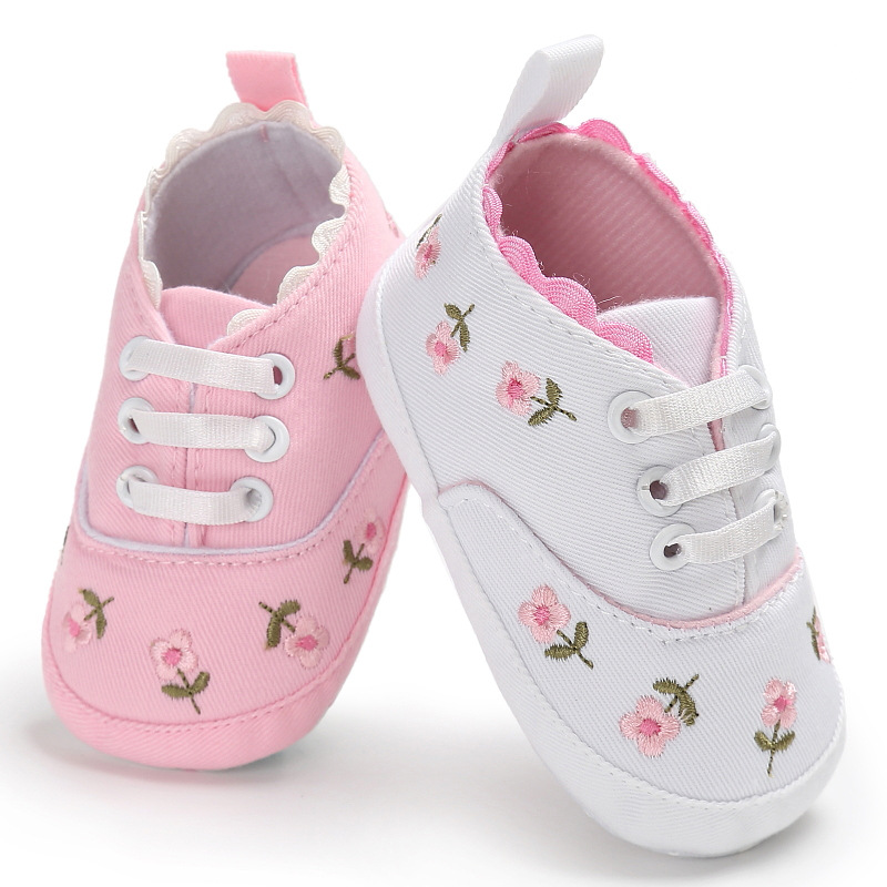 Ne'w Baby Girl Shoes Princess Embroidery With Flowers Soft Cotton Toddler Crib Infant Little Kid Sole Anti-slip First Walker