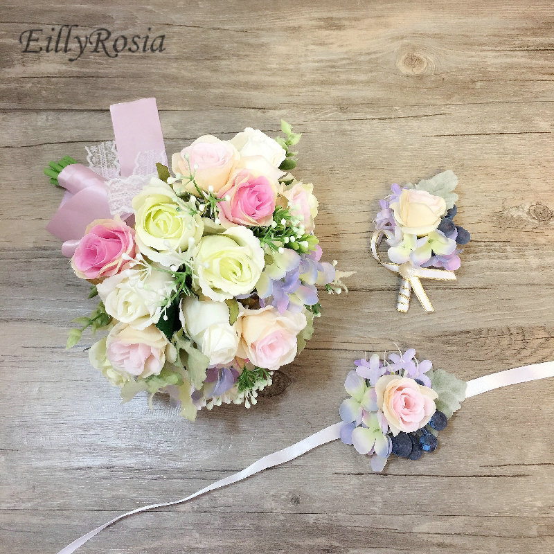 Simple Flower Bouquets For Weddings: Simple Roses Elegant Bridal Bouquet Wedding Flowers Groom