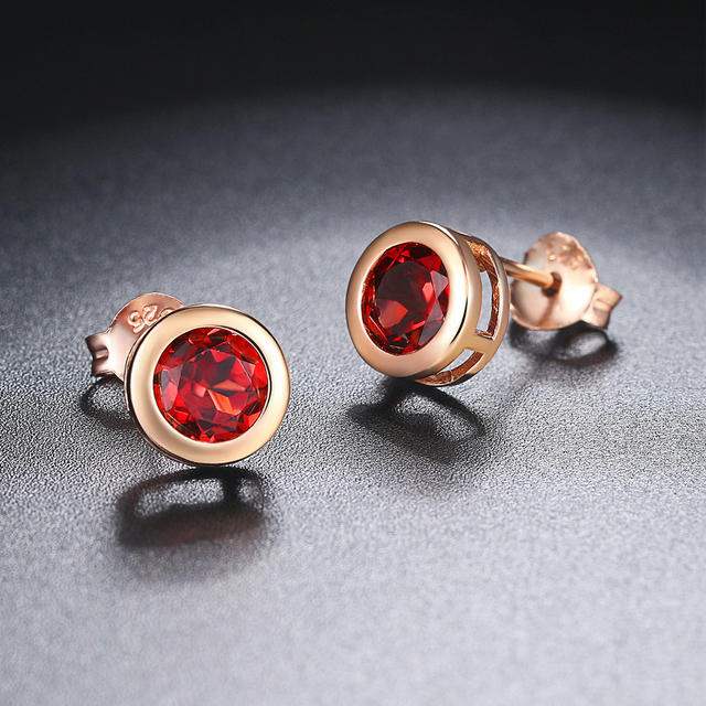 Lamoon Classic 5mm 1ct 100% Round Natural Red Garnet 925 Sterling Silver Jewelry   Stud Earrings S925 LMEI016