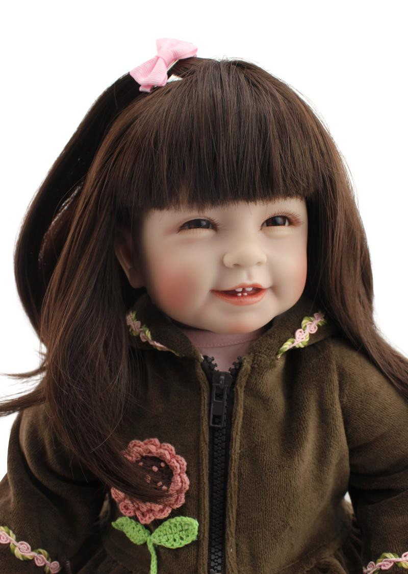 Mode doux Silicone Reborn bébé poupée jouet 22 ''vinyle princesse enfant en bas âge longhair souriant bebe menina poupées enfants cadeaux d'anniversaire