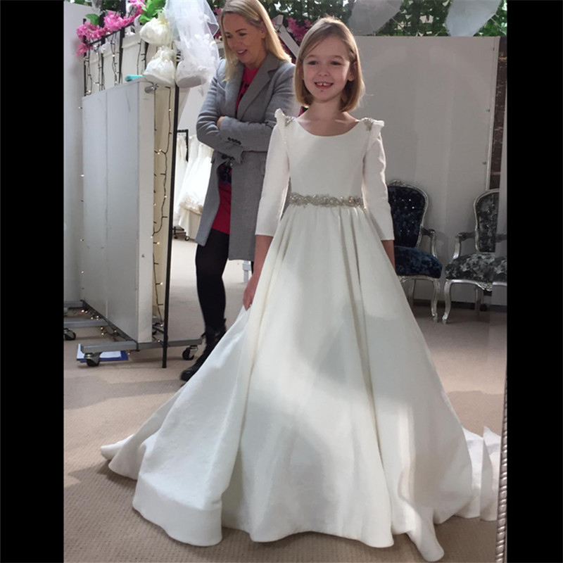First Communion Dresses For Girls Lace Up Bow Appliques Beading Ball Gown Sleeveless New O-Neck Flower Girl Dresses Fo