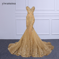 Yiwumensa מותג graduacion vestidos cortos 2017 אפליקציות שמלה לנשף זהב שרוכים מתוקה ארוכה נשף שמלות צד פורמלי שמלת