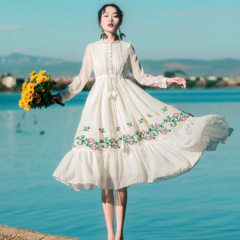 Summer Dress 2019 Women Casual Beach Chiffon White Lace Maxi Dress Vintage Floral Embroidery Party Dresses