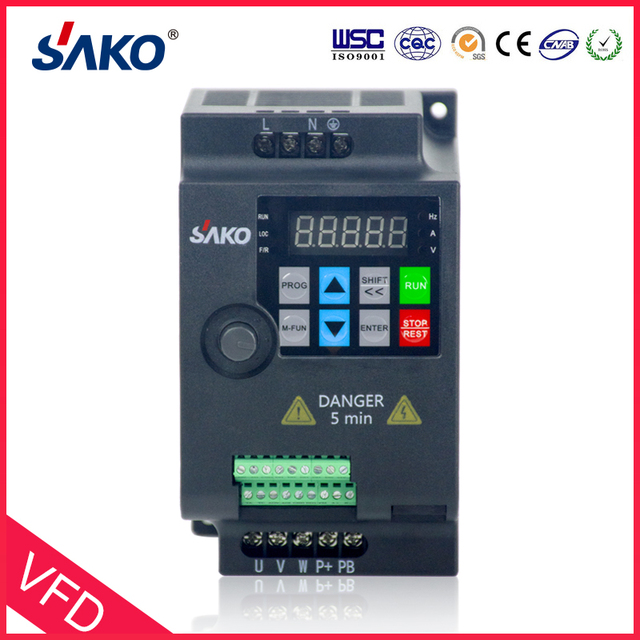 SAKO SKI780 220V 0.75KW/1.5KW/2.2KW 1HP Mini VFD Variable Frequency Drive Converter for Motor Speed Control Frequency Inverter 1