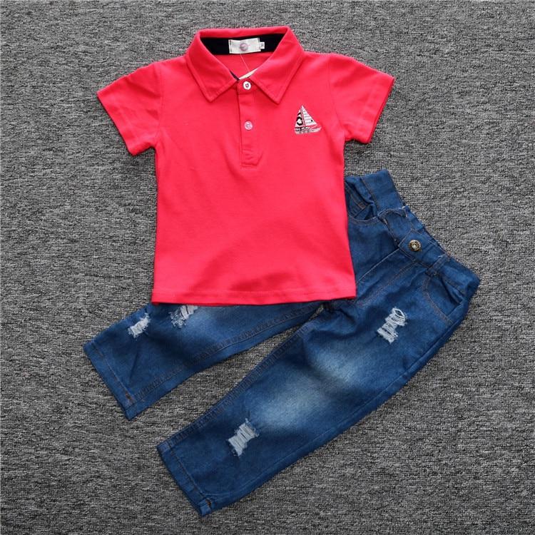 Novelty Kids Toddler GARÇON BEAU T-shirt /& Denim pantalon /& Bretelles Vêtements US