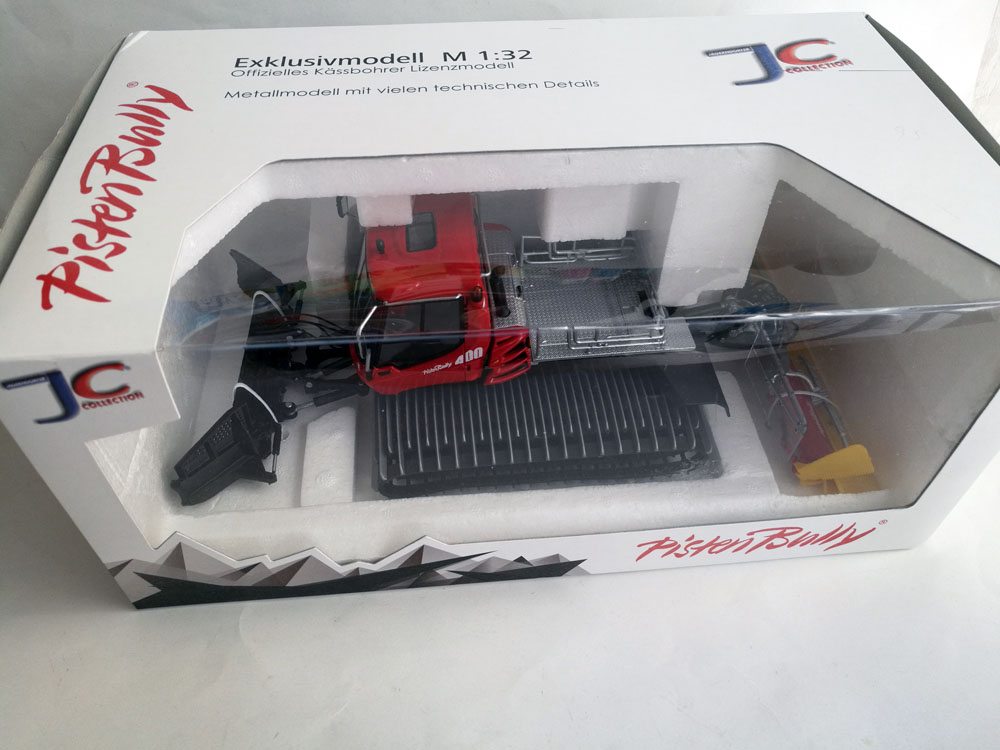 1: 32 Pistenbully 400 Snow Groomer-in Diecasts & Toy Vehicles from Toys & Hobbies    1