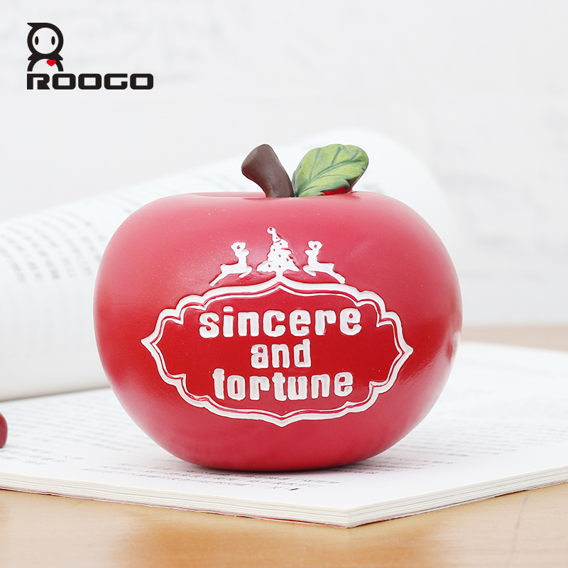 ROOGO 2017 New Design Christmas apple gifts decoration resin crafts Artificial creative colorful with best wish words for you
