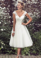 New Beach Elegant Tea Length Wedding Dresses Cap Sleeves Appliques Lace Tulle V Neck Short Bridal Gowns Cheap robe dubai soiree