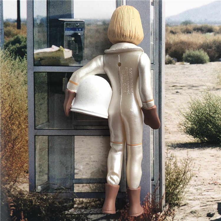 الحنين الاستنساخ من باربي باربي دمية شخصيات كرتونية نموذج لعب بلدي المفضلة الوظيفي مقبض بواسطة رواد الفضاء