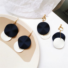 Personality exquisite originality metal geometry wafer ear hook retro fashion earrings Unique fashionable girl