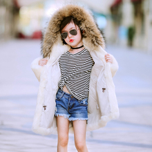 2017 winter new children's real rabbit fur coat children's girls warm three-dimensional natural raccoon fur collar coat jacket цена в Москве и Питере