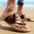 Os Recém-chegados 2016 Verão Homens Chinelos Sapatos de Praia Sandálias Respiráveis Dos Homens Da Marca Ao Ar Livre Respirável Masculino Flip Flops Plataformas Fy49
