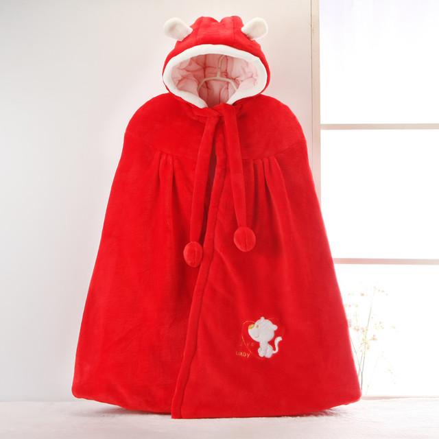 Capote del bebé con el tipo de invierno gruesa de los recién nacidos del cabo chal chaqueta de algodón del bebé macho y hembra