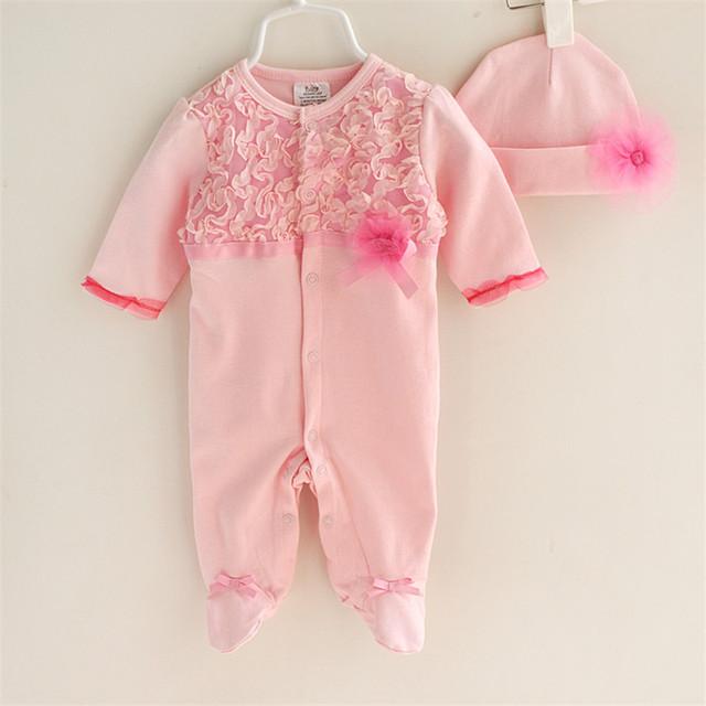 Estilo encantador de la Princesa Del Bebé Recién Nacido Ropa Niñas de Encaje Paquete de Los pies de Los Mamelucos + Sombreros Ropa de Bebé Lnfant/Mono regalo