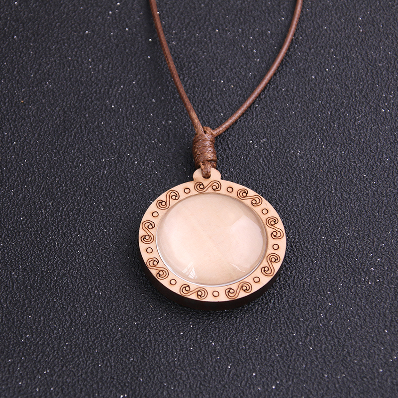 1pcs 30mm Inner Size Round Wood Cabochon Setting Blank Cameo Pendant Base Trays With Leather Cord For Jewelry Making in Jewelry Findings Components from Jewelry Accessories