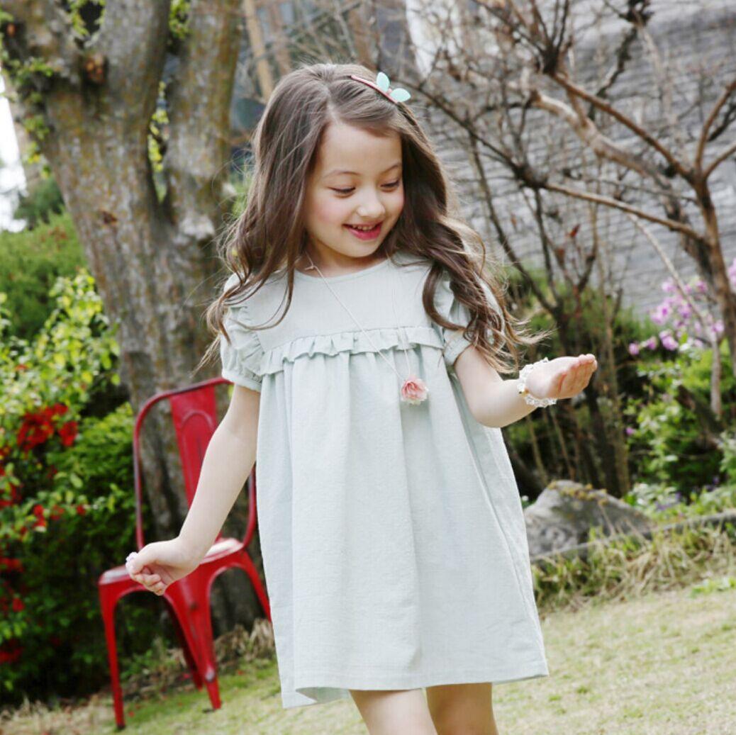 Лятно детско облекло Светло зелено Нов корейски момиче костюм Puff ръкав рокля качество качество бельо случайни деца рокля