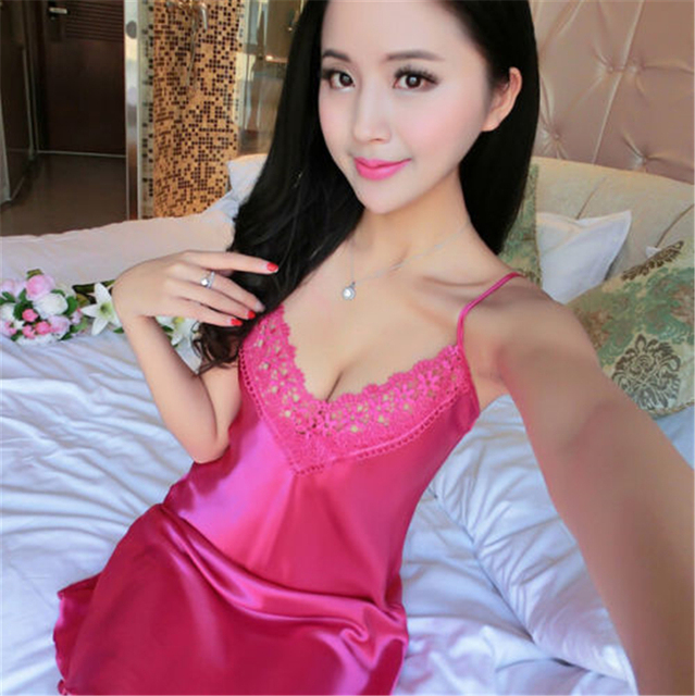 Sexy Silk Satin  V-neck Sleeveless Nighties