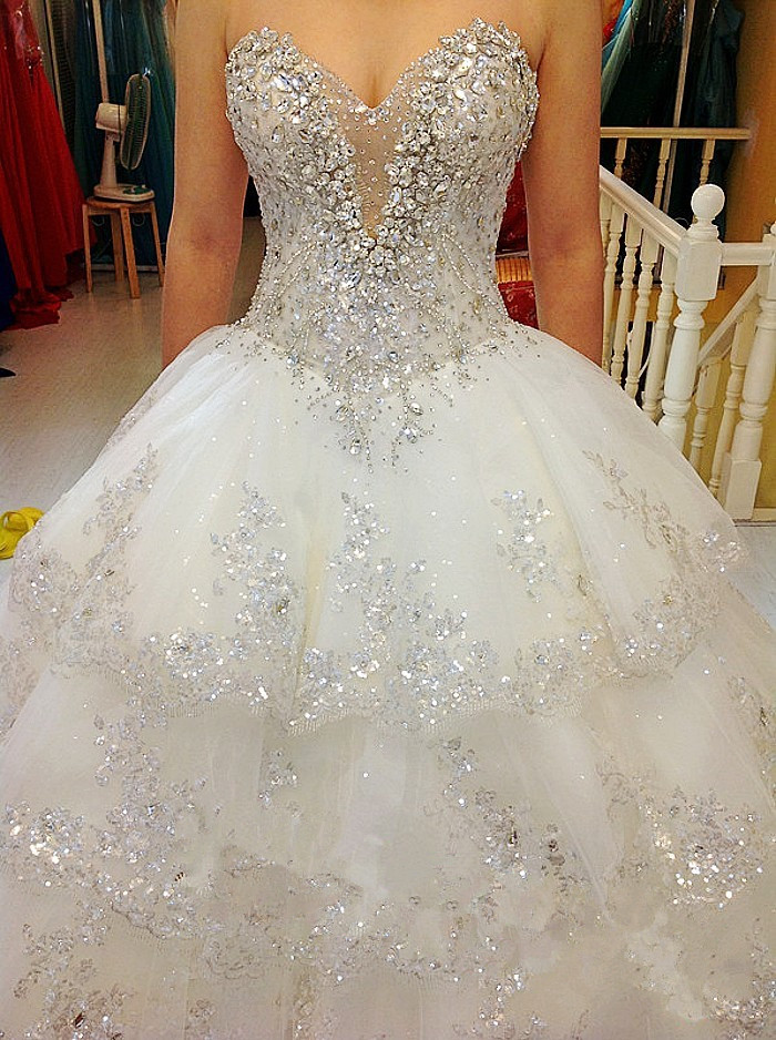 Image 2 - Luxurious Wedding Dresses Ball Gown Sweetheart Fluffy Lace Beaded Crystal Diamond Big Train Bridal Gowns 100% Real Photo QB11MWedding Dresses   -