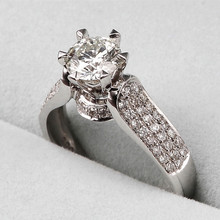 925 Sterling Silver Love Rings with Crown 1.25 Carat Cubic Zircon Wedding Rings for Women Engagement Ring Jewelry