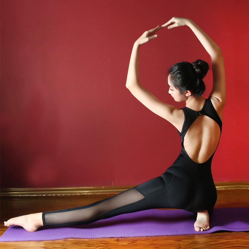 Femmes une pièce Yoga combinaisons femmes body Fitness sans manches Slim costume solide noir Yoga costume femmes Sportswear