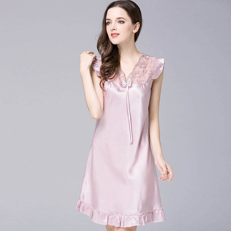NG0295 Women   Nightgown     Sleepshirts   Sexy Lace V Neck Night Dress Satin Silk Sleepwear Lady Summer Sleeveless Night Gown Plus Size