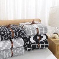 Kintted Simple Couverture Blanc Et Noir Belle Paquet Couverture Couverture Décor À La Maison Doux Absorbant Chaud Flanelle Jeter Couverture