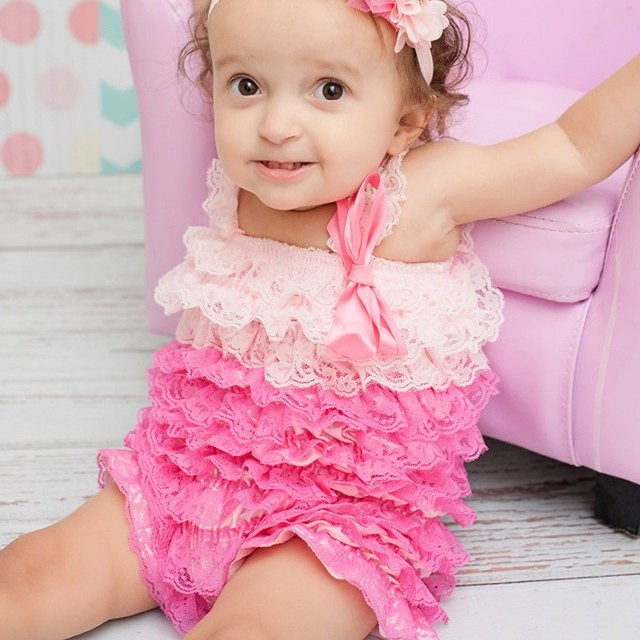 fcf7ecfc7bf8 Cute Retail Baby Two-toned Lace Ruffles Romper Infant Girls Posh Petti  Romper with Straps and Ribbon Bow Newborn Cotton Jumpsuit