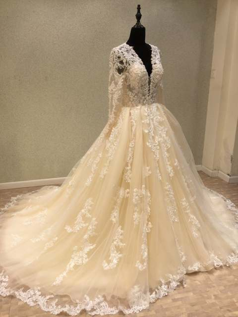placeholder New Trend 2018 Luxury Wedding Dresses A-line Light Champagne  Vintage Lace Bride Wedding Gowns 95452e6d6261