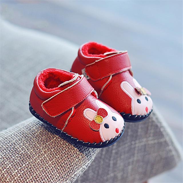 Precioso Primer Caminante Del Bebé Zapatos de Los Bebés Recién Nacidos Niña Zapatillas de Casa de Invierno de Luz Lindo Calzado Zapatos de Las Chicas de Cuero Caliente 70A1033