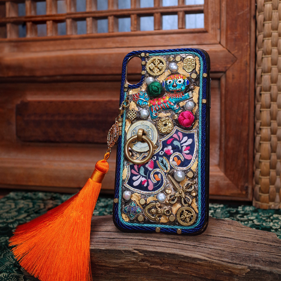 For Iphone 7 Case Handmade Gold Foil Embroidery Patterned Fingerprint Protection Dynamic Fit 5.5 Inches for Iphone Xs Max Case