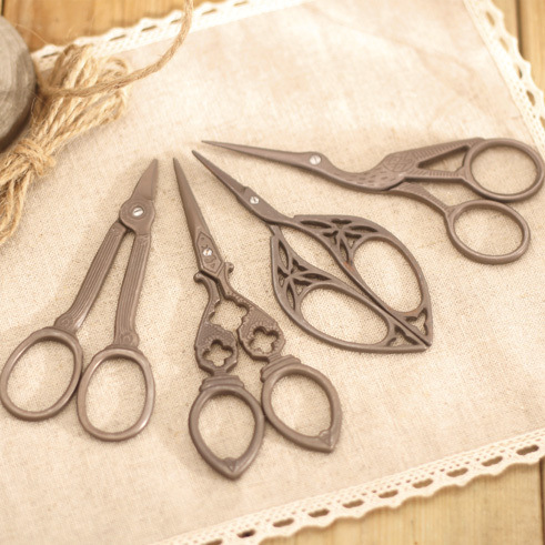 1pcs Vintage Stainless Steel Scissors , Retro Metal Scissors For Sewing , DIY Scrapbooking