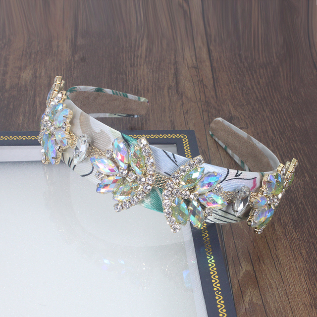 Baroque Fishion Travel Headband Full Crystal Flower White Geometry With Luxury Dance Party Catwalk Headband For Woman